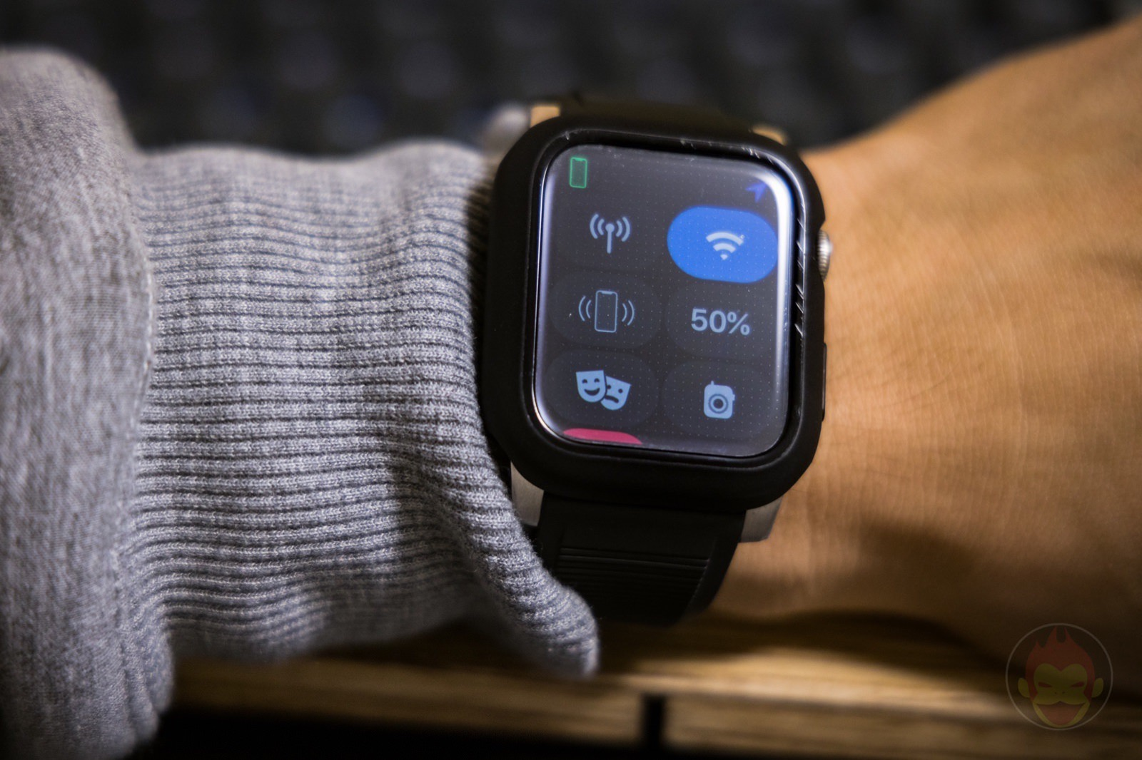 AppleWatchSeries6 With AODisplay Review 01