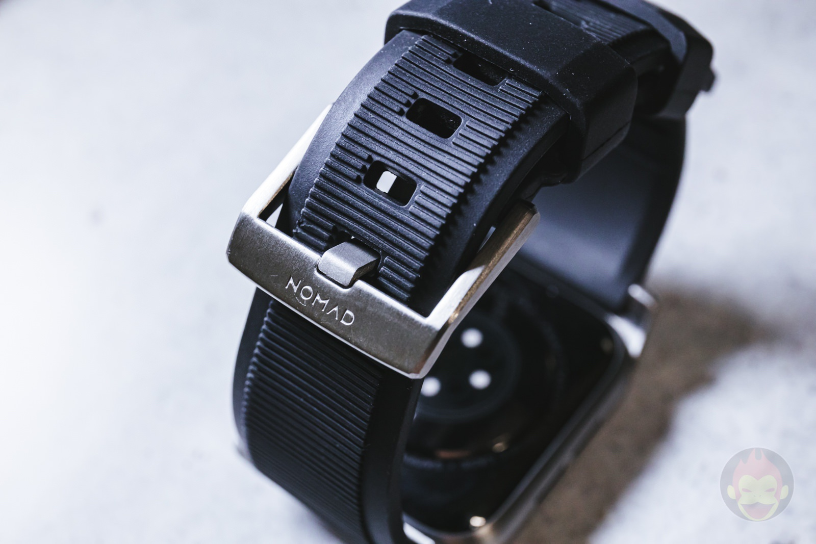 NOMAD Rugged Band with 9h cover review 17