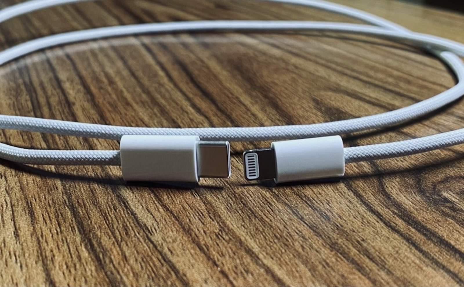 New-Images-of-braided-Lightning-USBC-Cable.jpeg