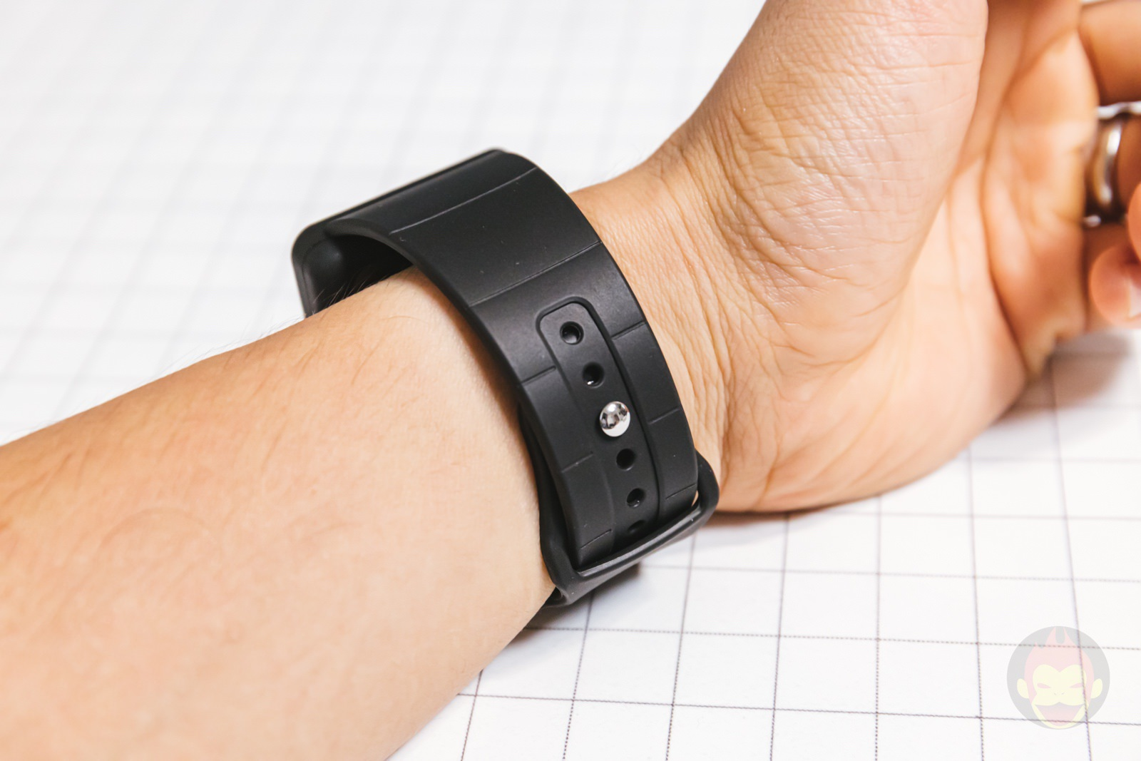TILE AppleWatch Band Review 04