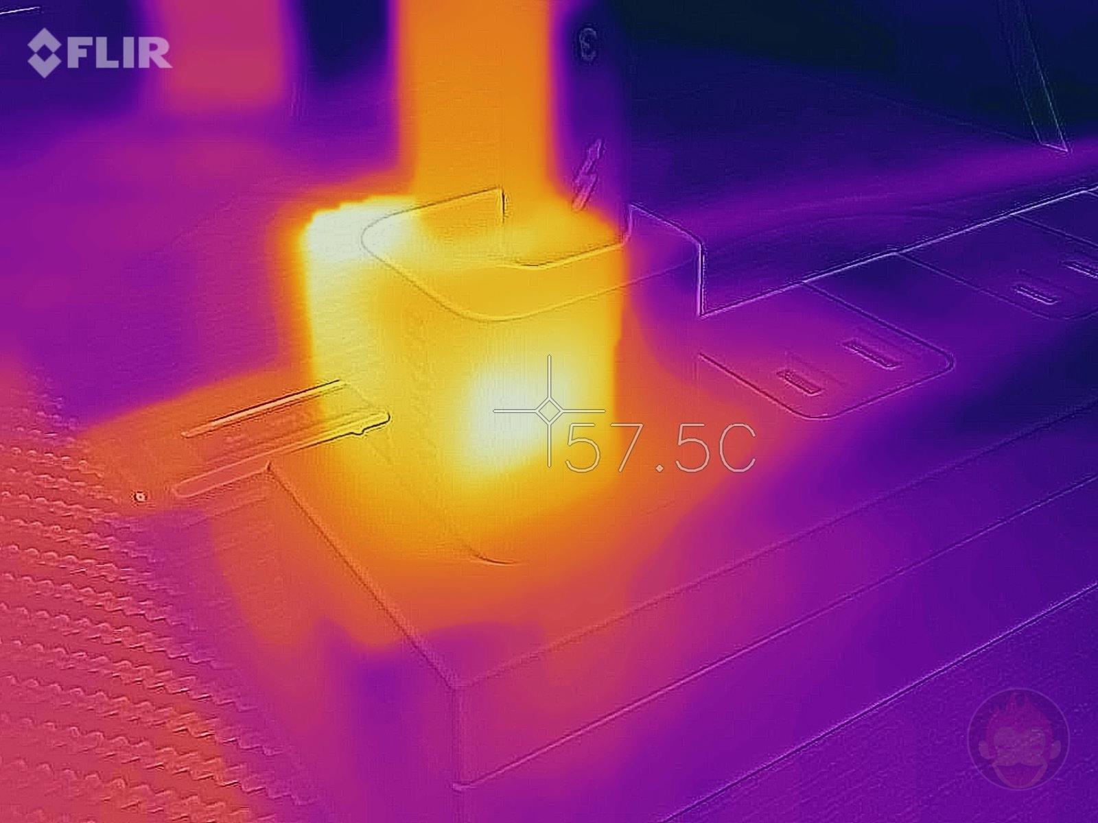 Anker PowerPort III Nano 20W Heat 02