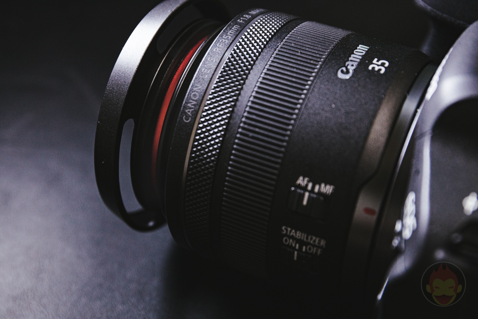 Canon RF35mm F1 8 MACRO IS STM Lens Hood 16