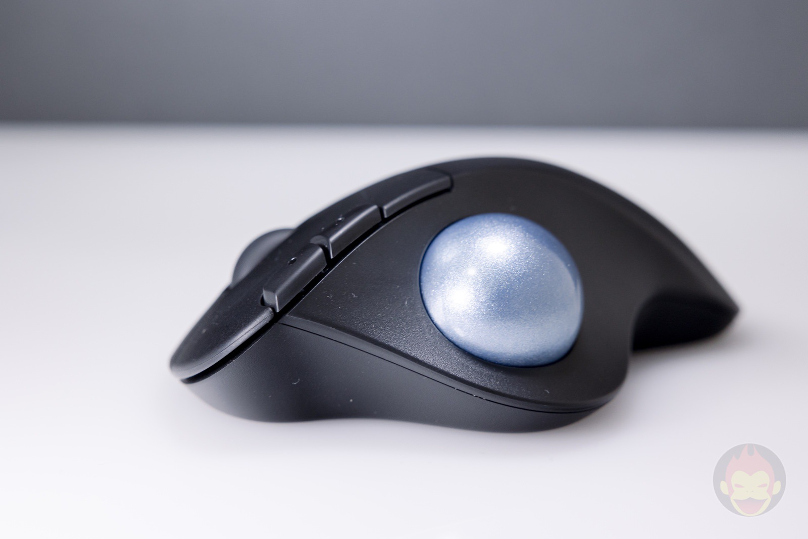 Logicool-ERGO-M575S-Trackball-Hands-on-08.jpg