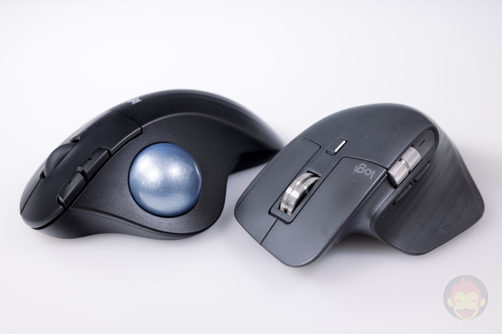 Logicool-ERGO-M575S-Trackball-Hands-on-13.jpg