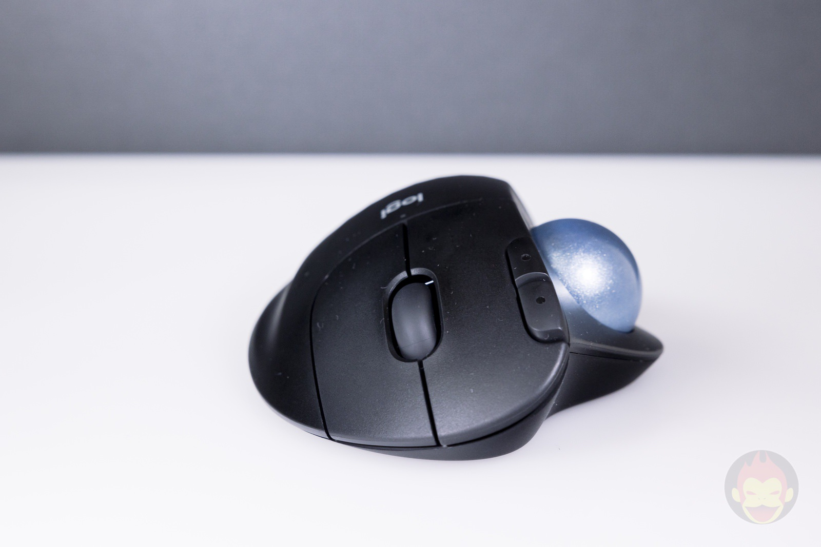 Logicool-ERGO-M575S-Trackball-Hands-on-14.jpg
