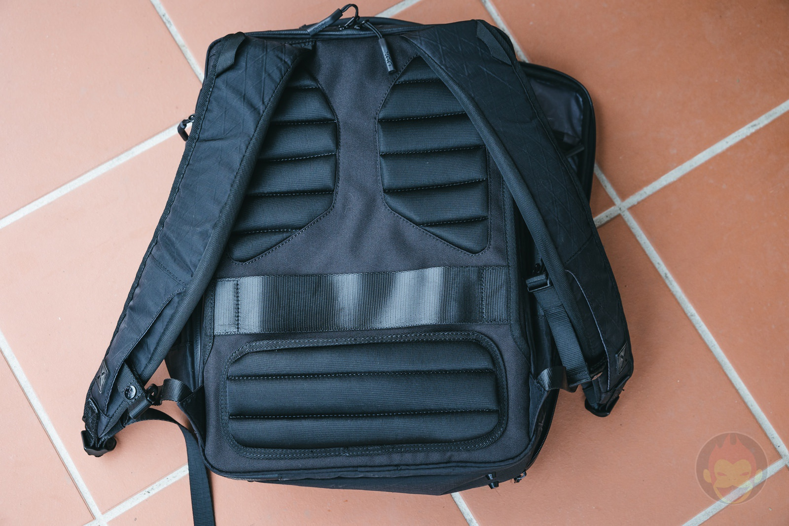 XGO BizBackPack hands on 08
