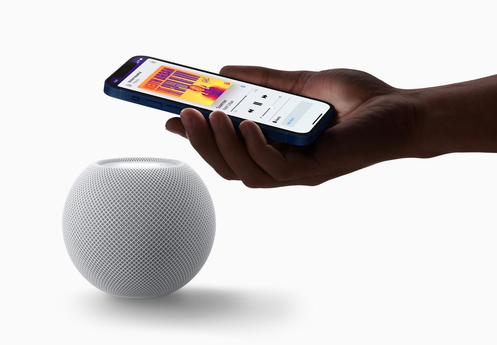 Apple homepod mini white iphone pairing 10132020