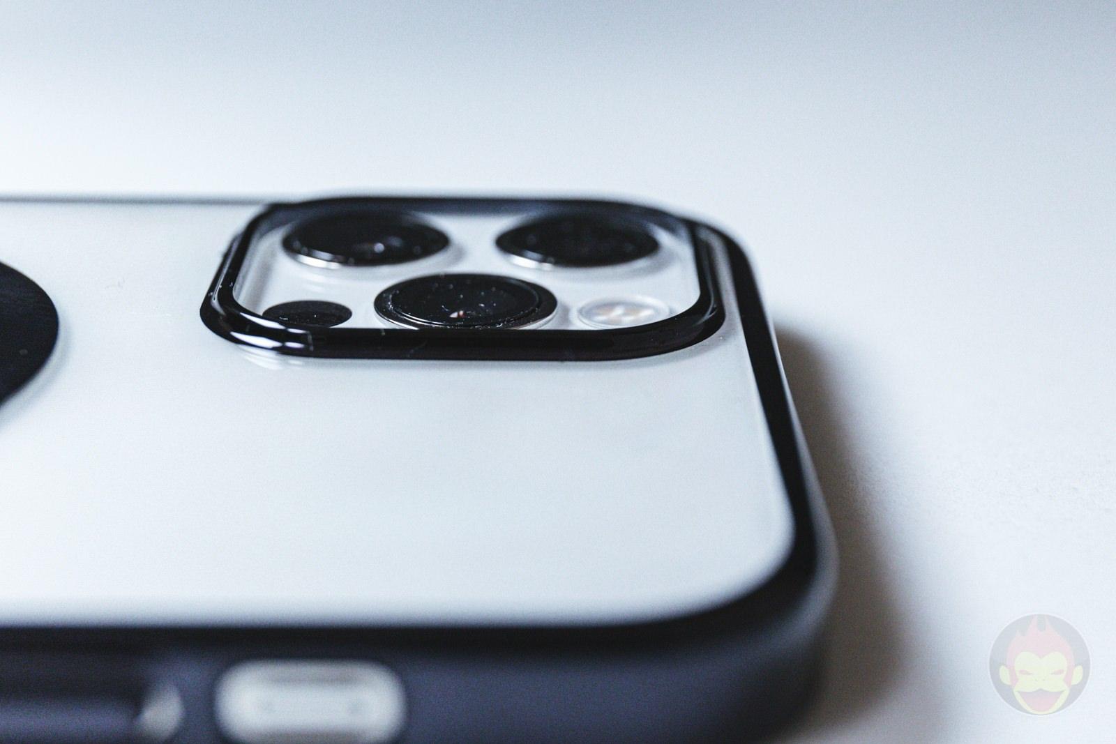 KAHITE Black MagSafe iPhone 12 Pro Case 03