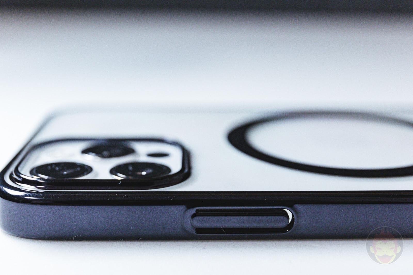 KAHITE Black MagSafe iPhone 12 Pro Case 05
