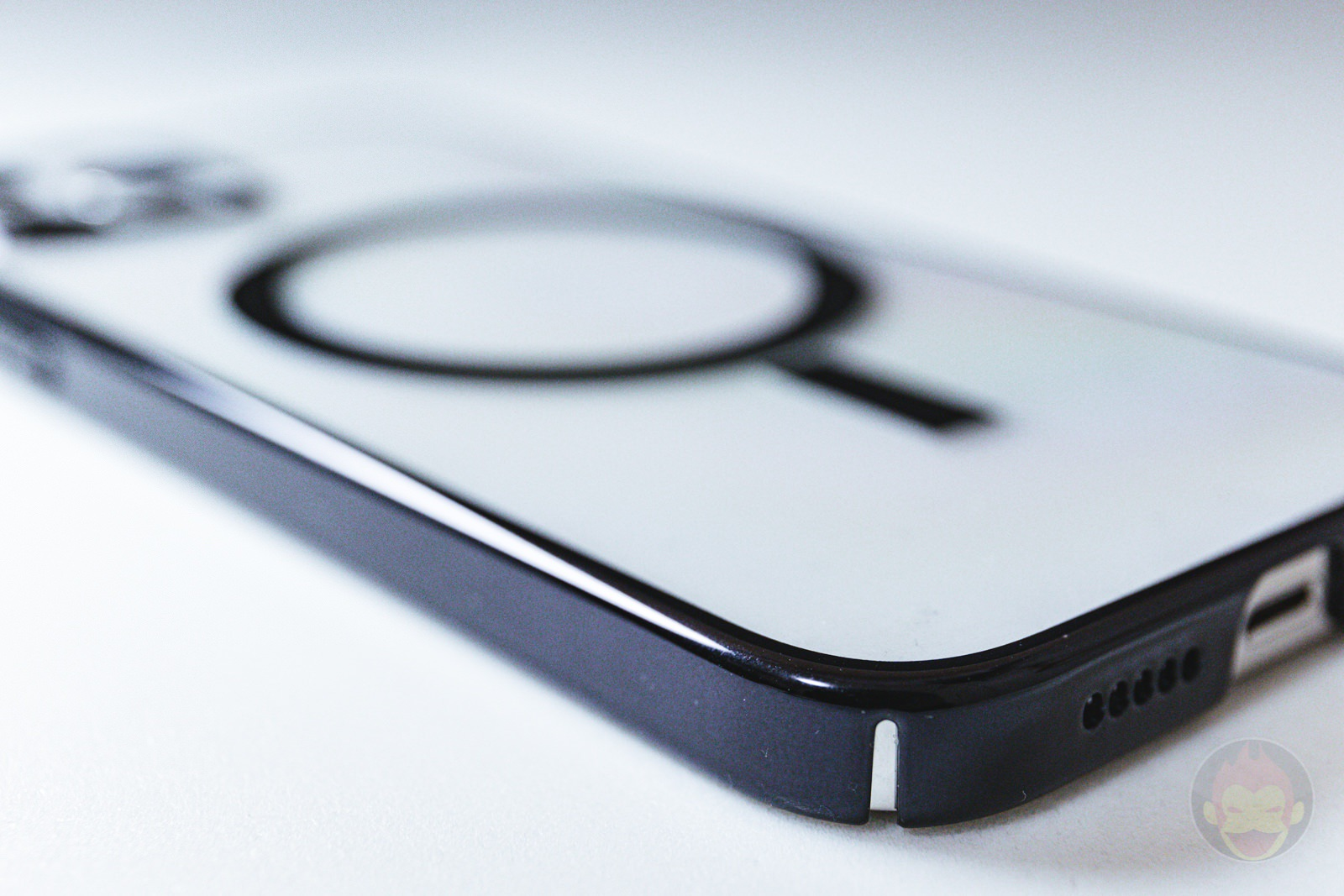 KAHITE Black MagSafe iPhone 12 Pro Case 06