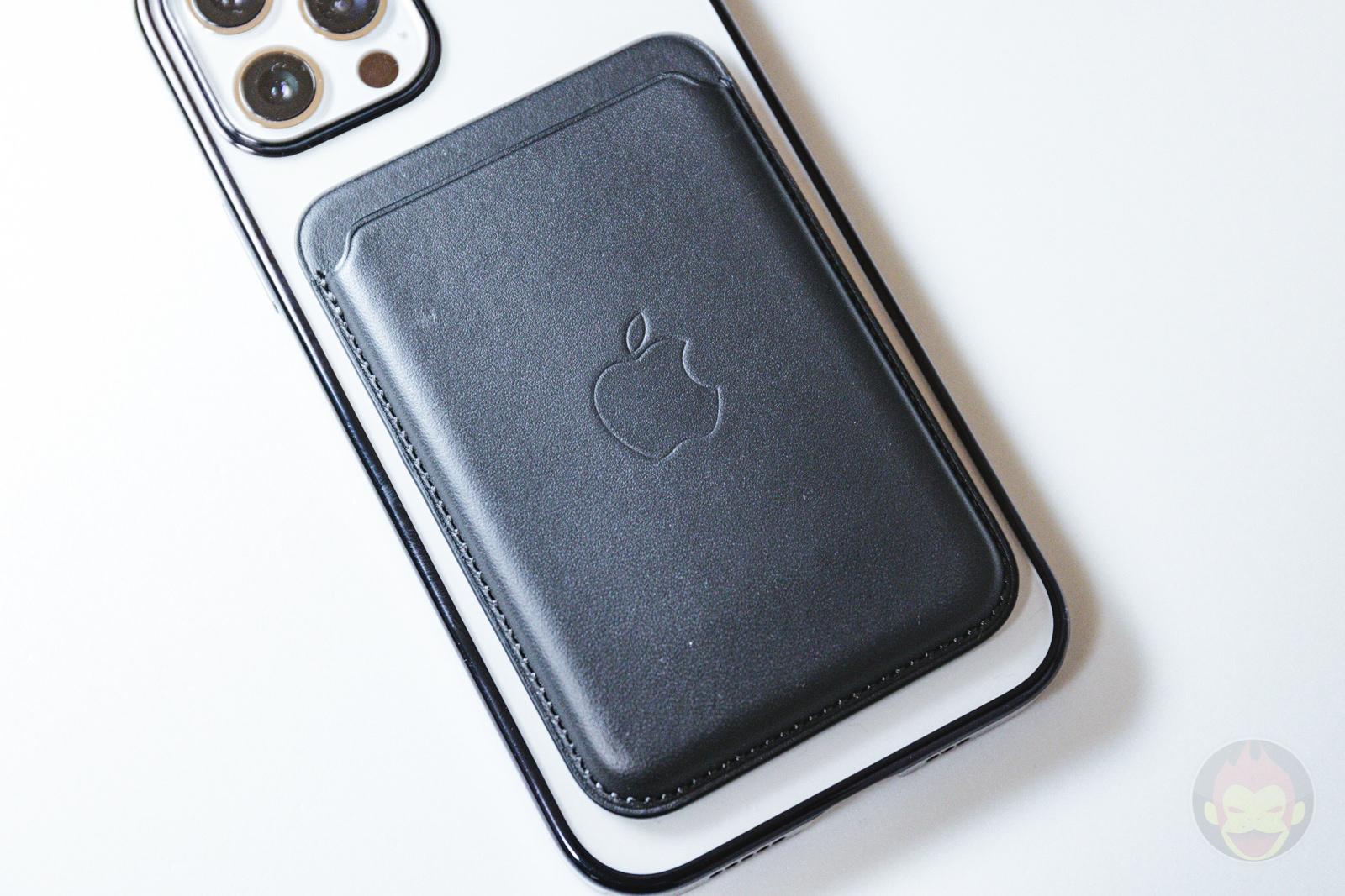 KAHITE Black MagSafe iPhone 12 Pro Case 08