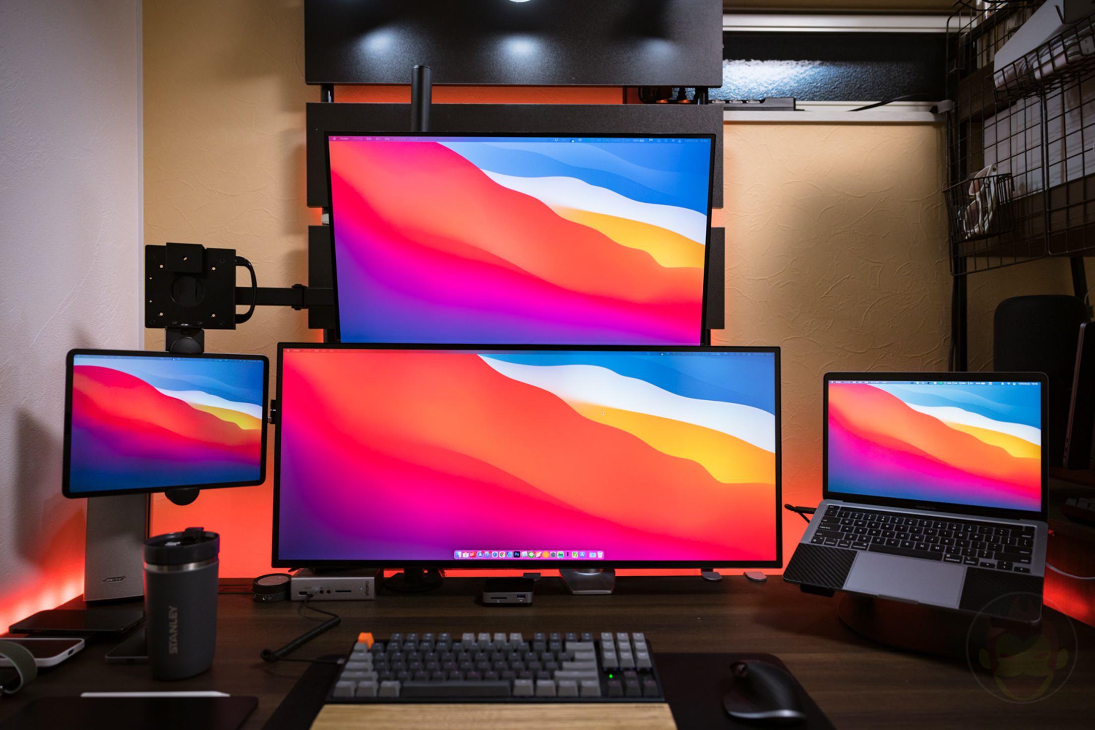 M1 MacBook Pro Workspace