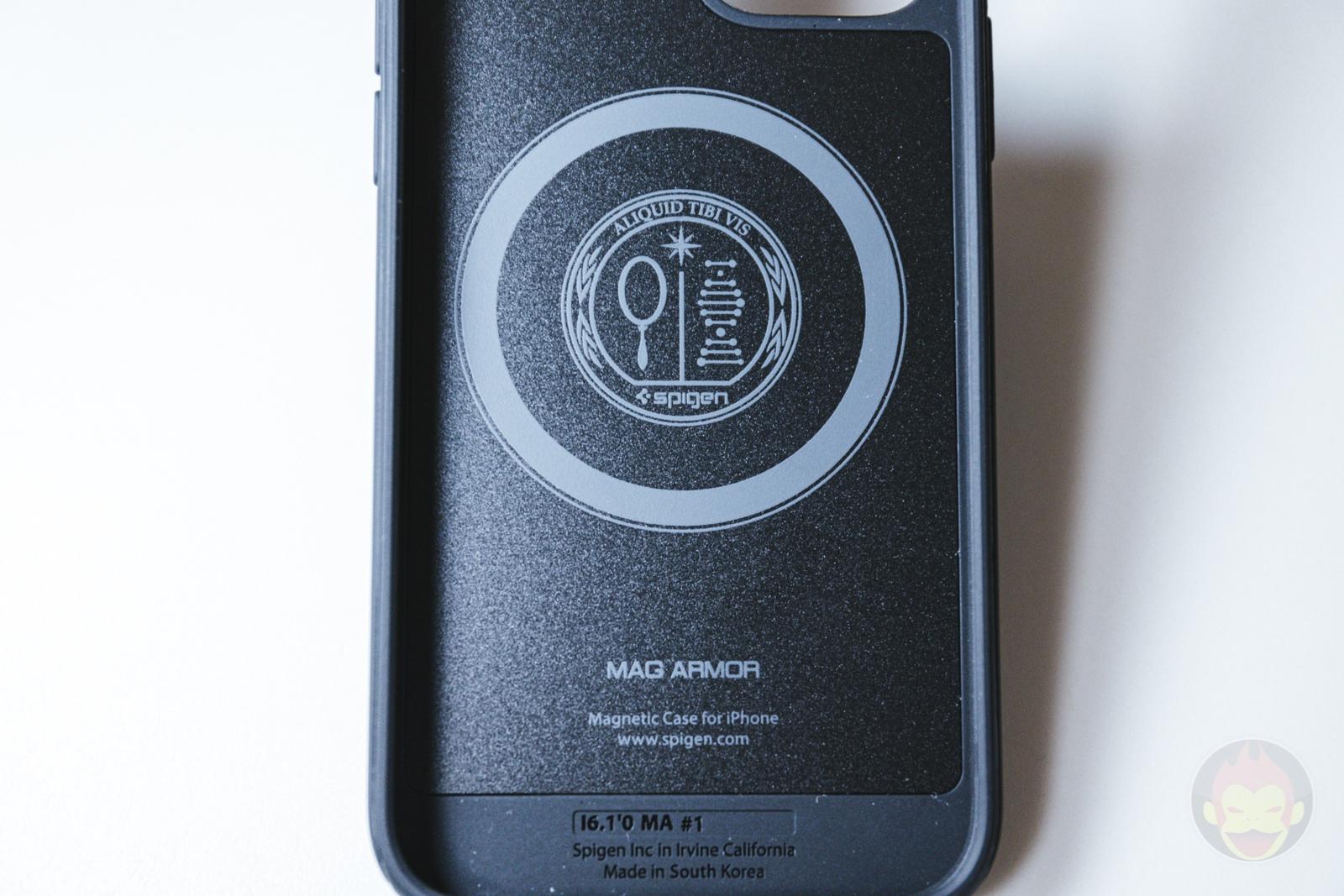 Spigen Mag Armour iPhone12 Case Review 08