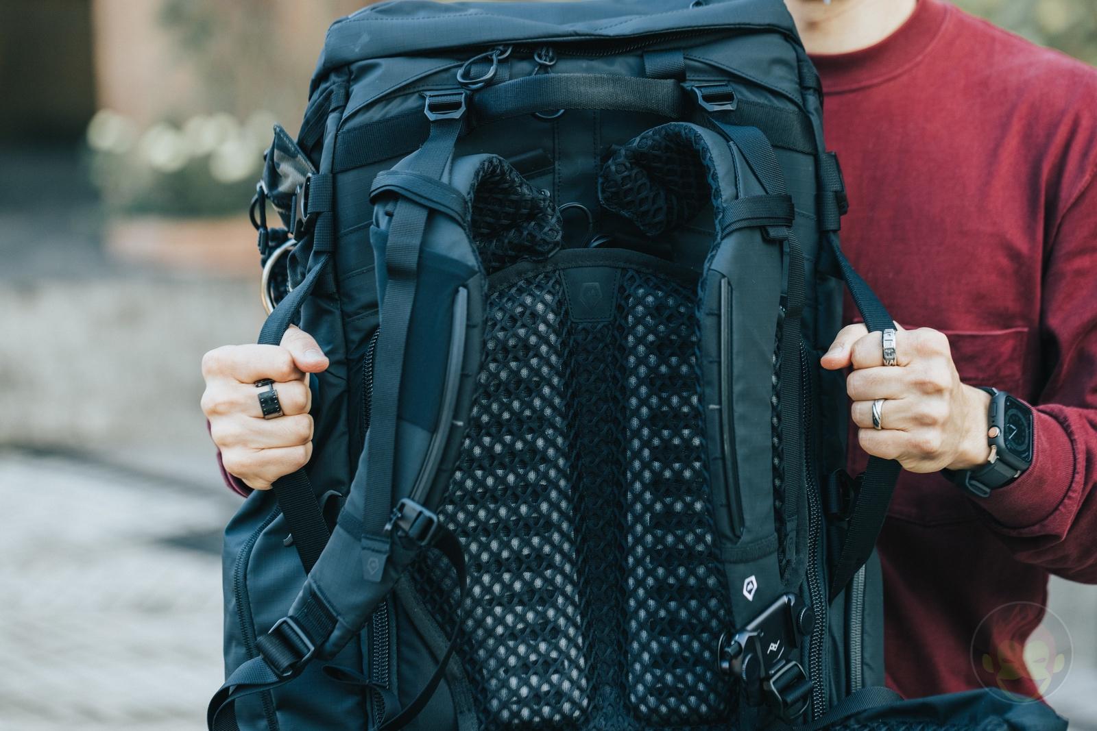 WANDRD FERNWEH Backpack Review 36