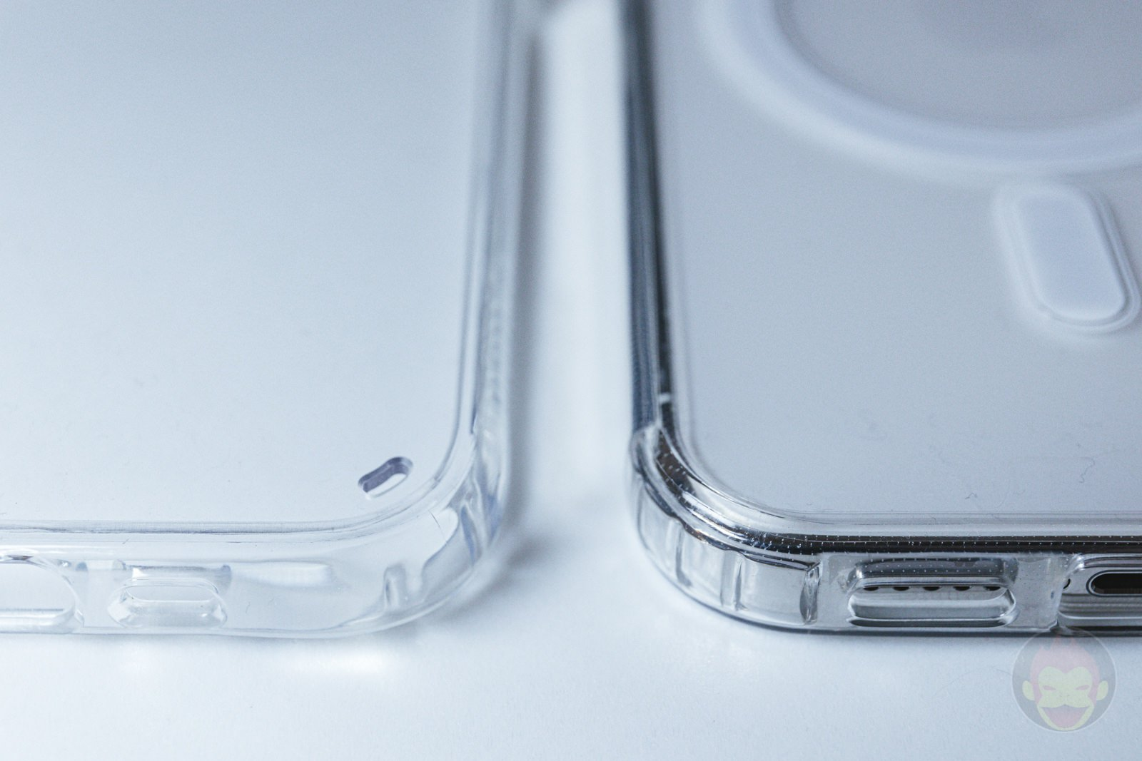 ZNX ZENIX iPhone12Pro Clear MagSafe Case Review 01