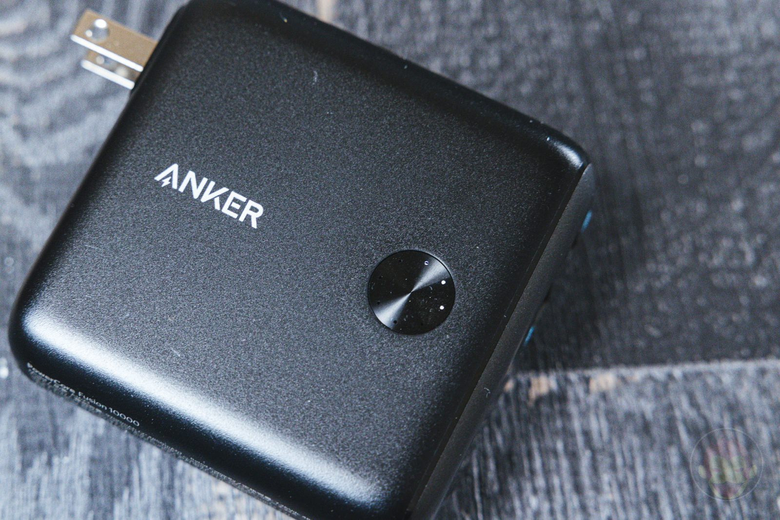 Anker PowerCore Fusion 10000 Review 02
