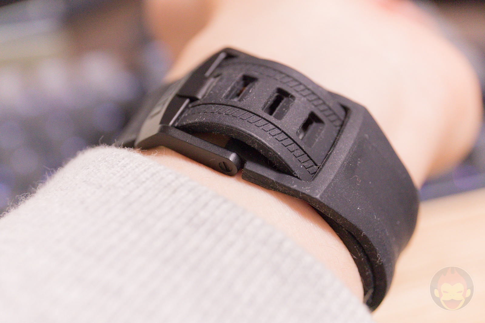 Apple Watch G SHOCK Elecom Case and UAG Band Review 10