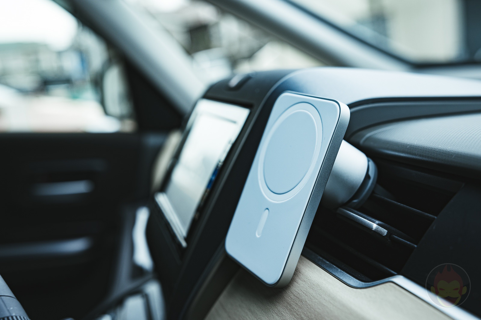 belkin-car-vent-mount-pro-with-magsafe-Review-01.jpg