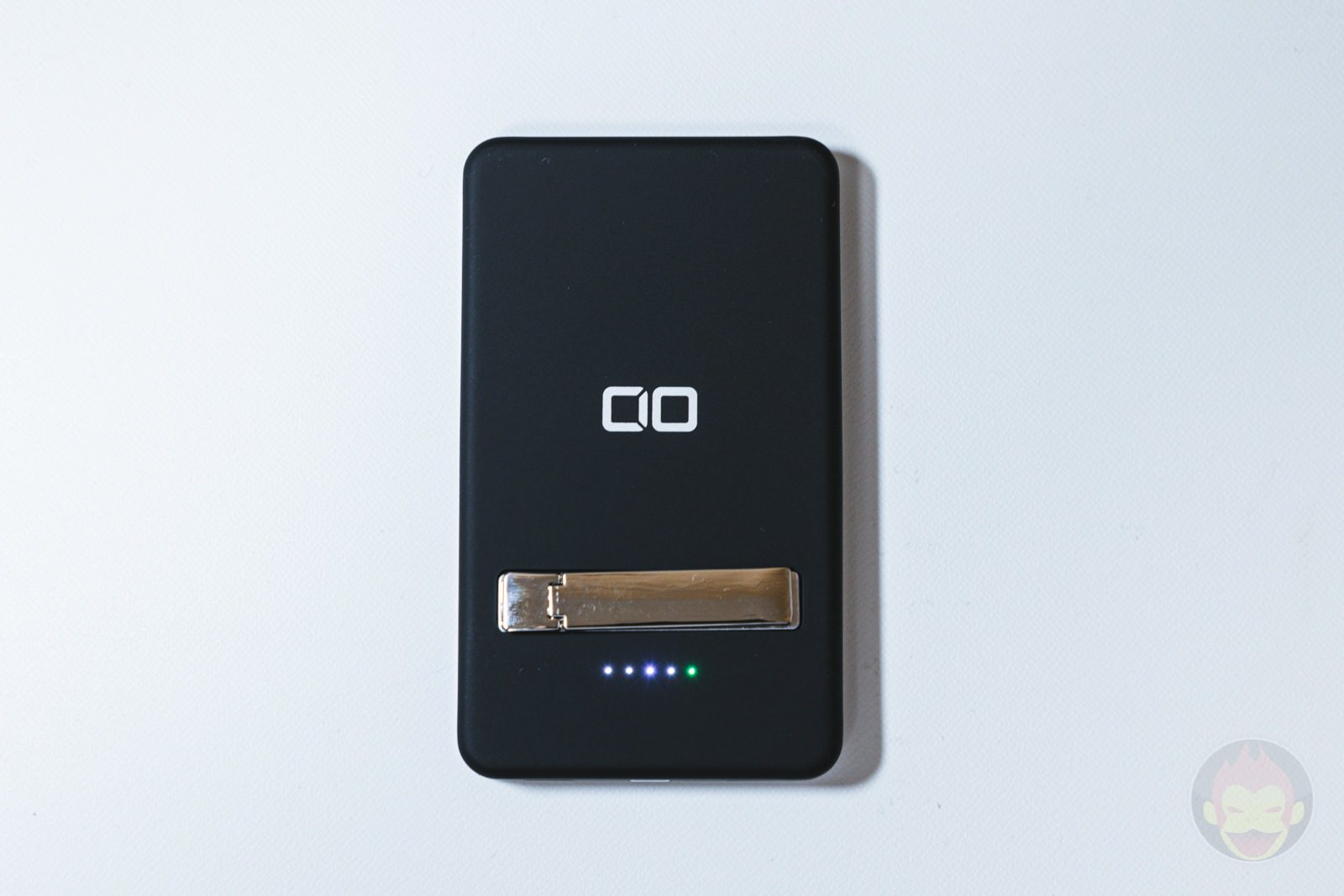 CIO-MB5000-MAG-MagSafe-Supported-Mobile-Battery-Review-11.jpg