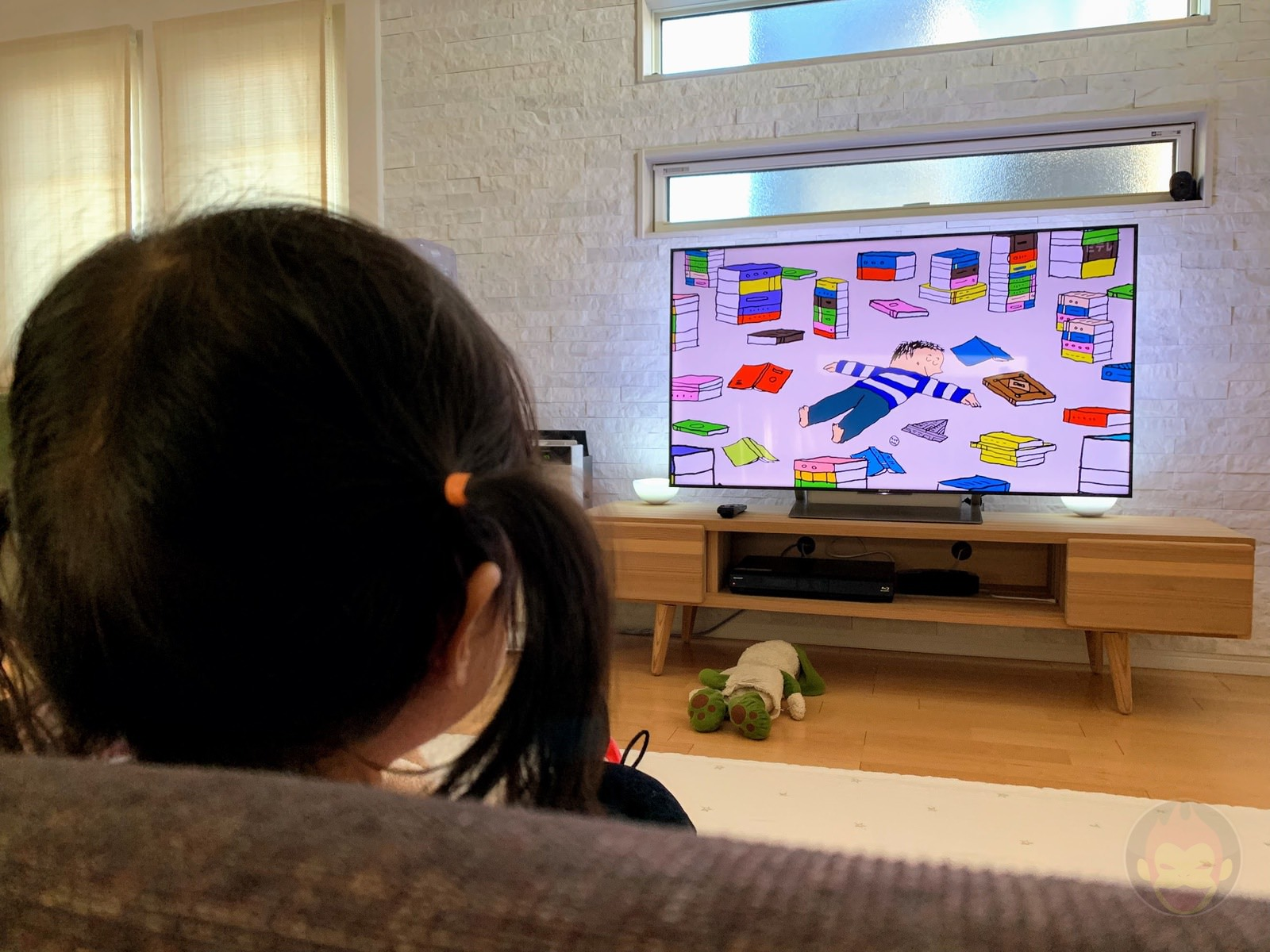 TV is not always helpful for childcare 01