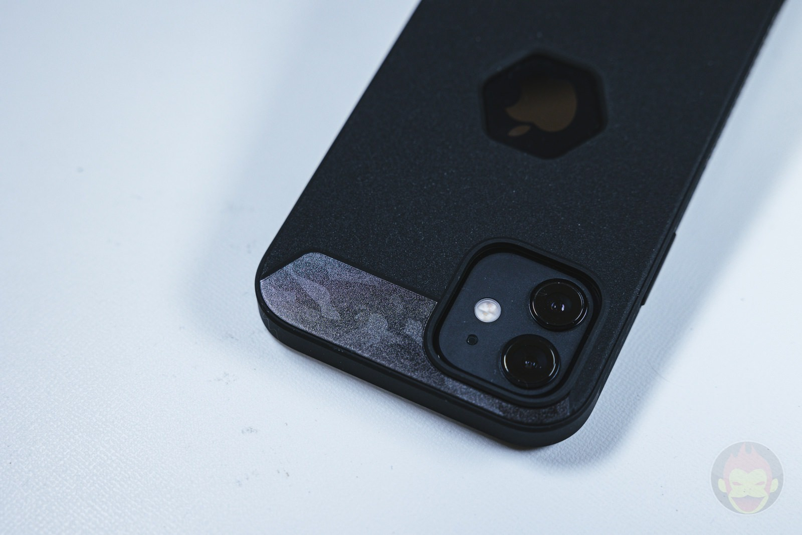 Tactism ALPHA iPhone12 Case Review 02