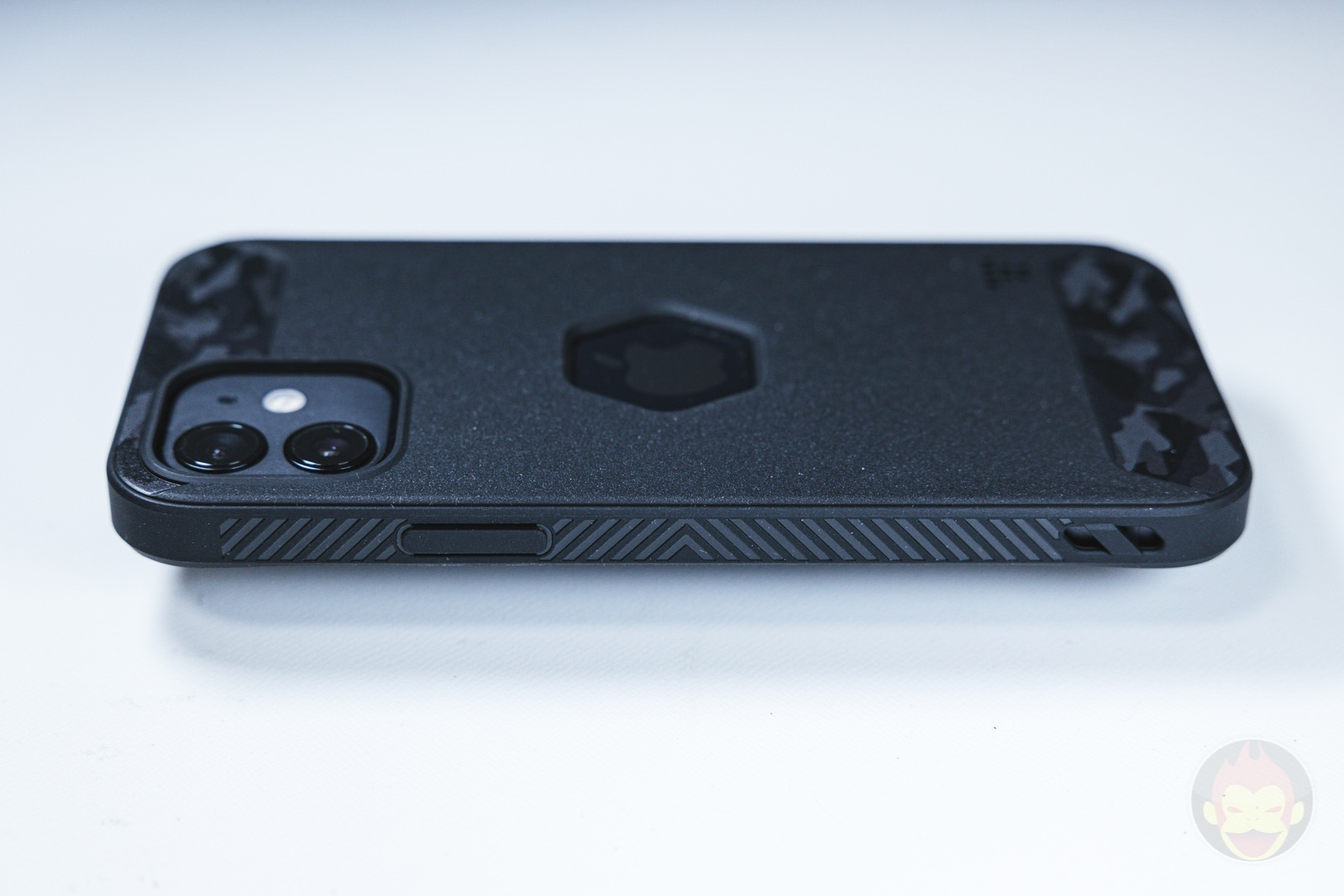 Tactism ALPHA iPhone12 Case Review 03