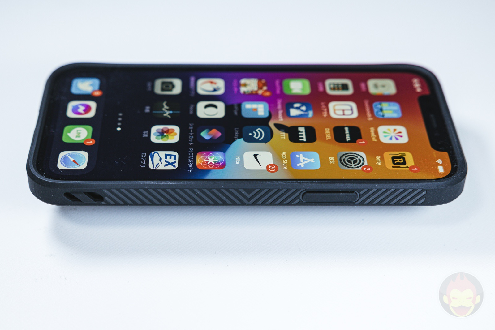 Tactism ALPHA iPhone12 Case Review 04