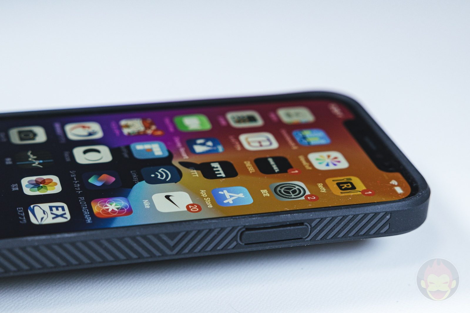 Tactism ALPHA iPhone12 Case Review 05