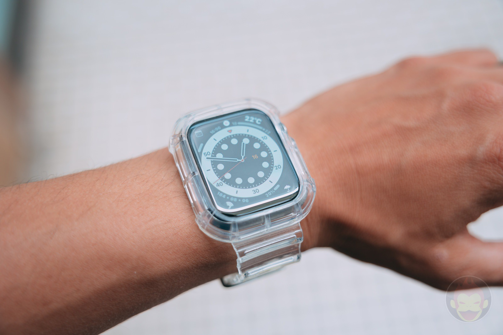 NAKOP-iWatch-Clear-Band-Review-09.jpg