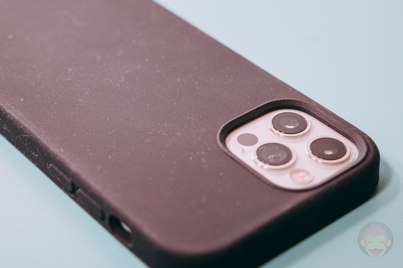Anker Magnetic Silicone Case 07