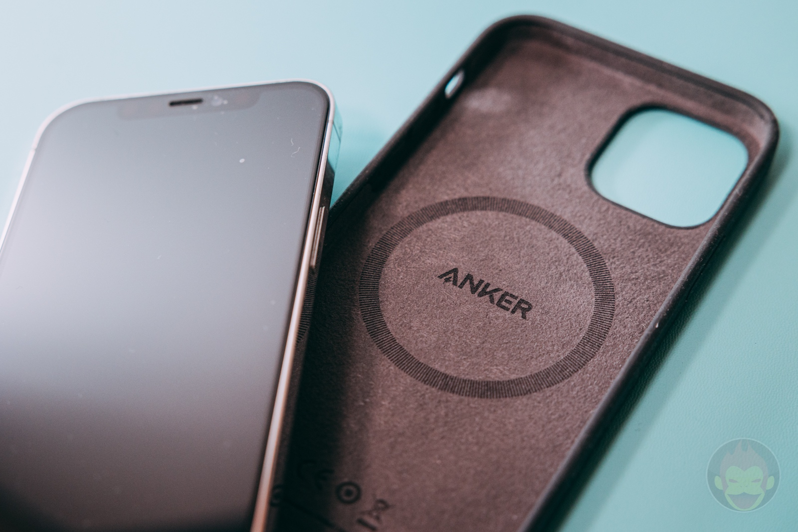 Anker Magnetic Silicone Case Review 01