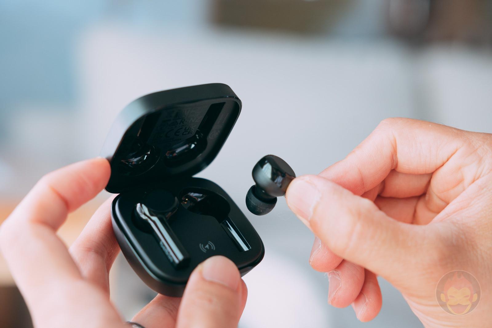 Belkin SOUNDFORAM Freedom Wireless Earphones Review 08