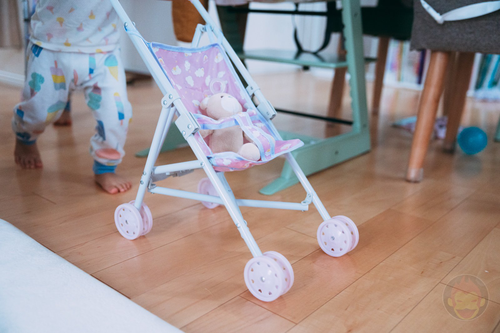 3COINS Doll Buggy Review 01