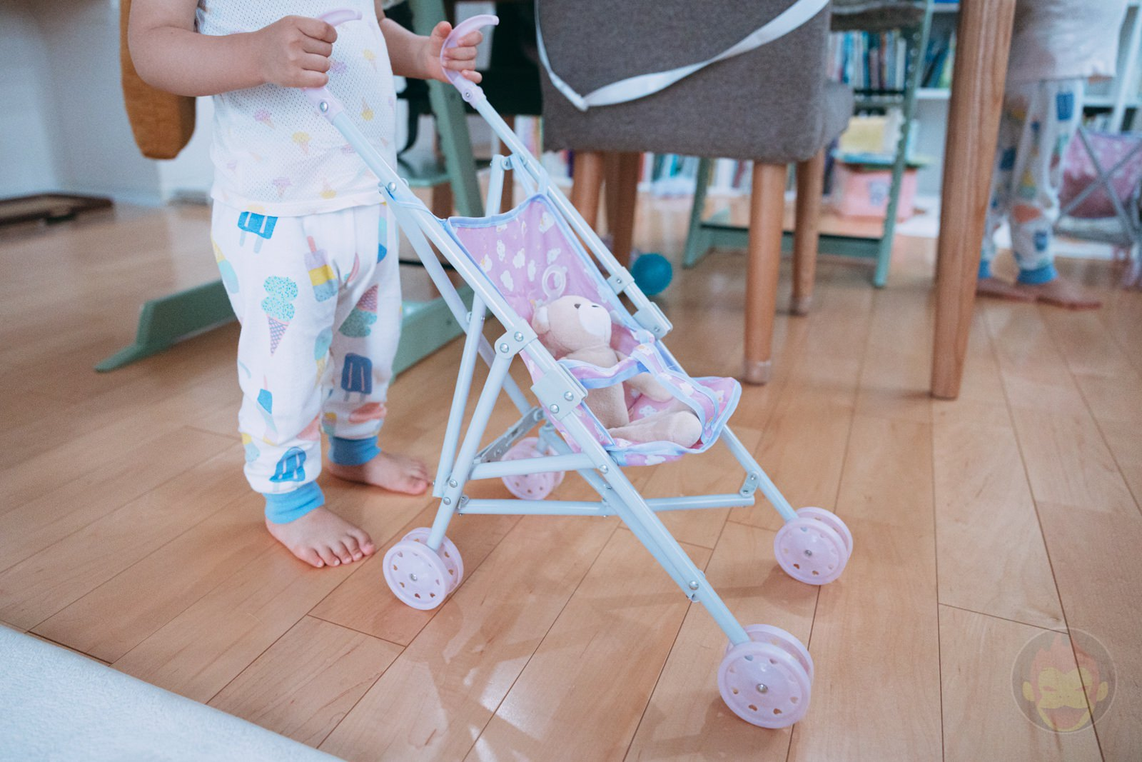 3COINS Doll Buggy Review 02