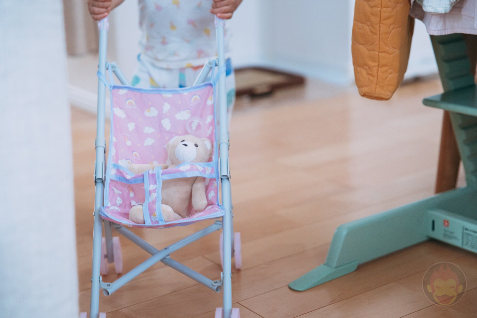 3COINS Doll Buggy Review 11