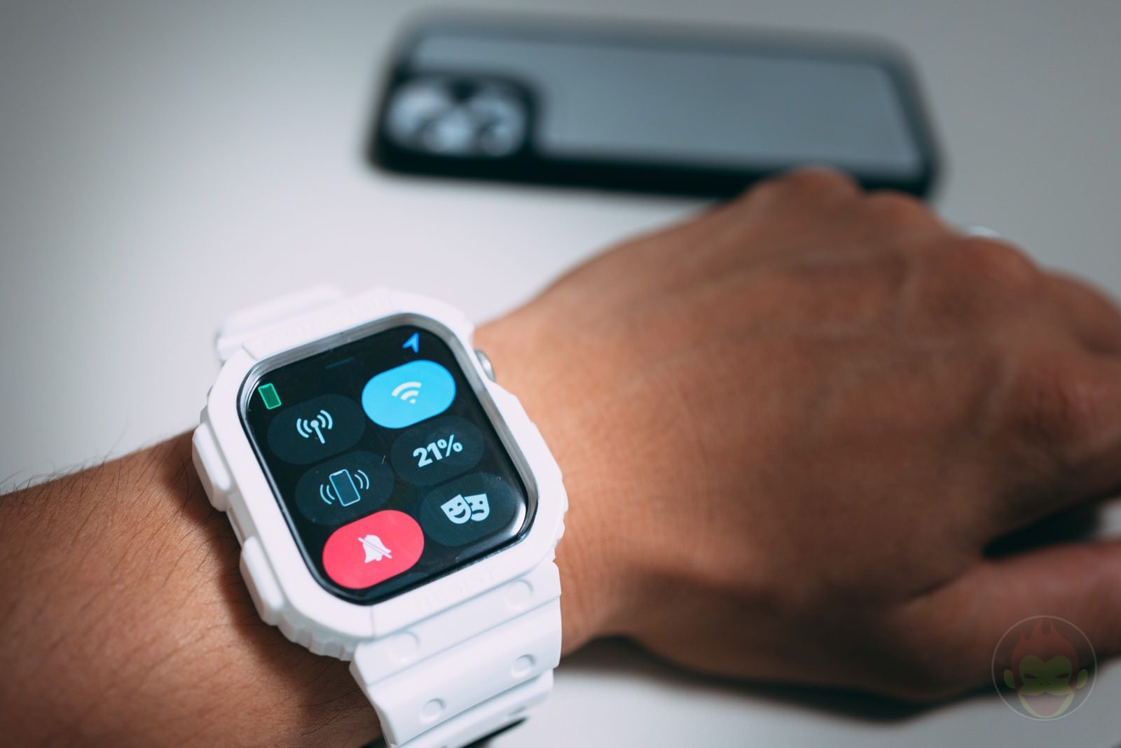 Finding iPhone with Apple Watch