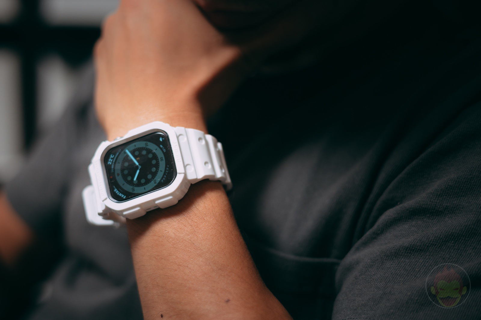 AmBand Apple Watch White G SHOCK Case 08