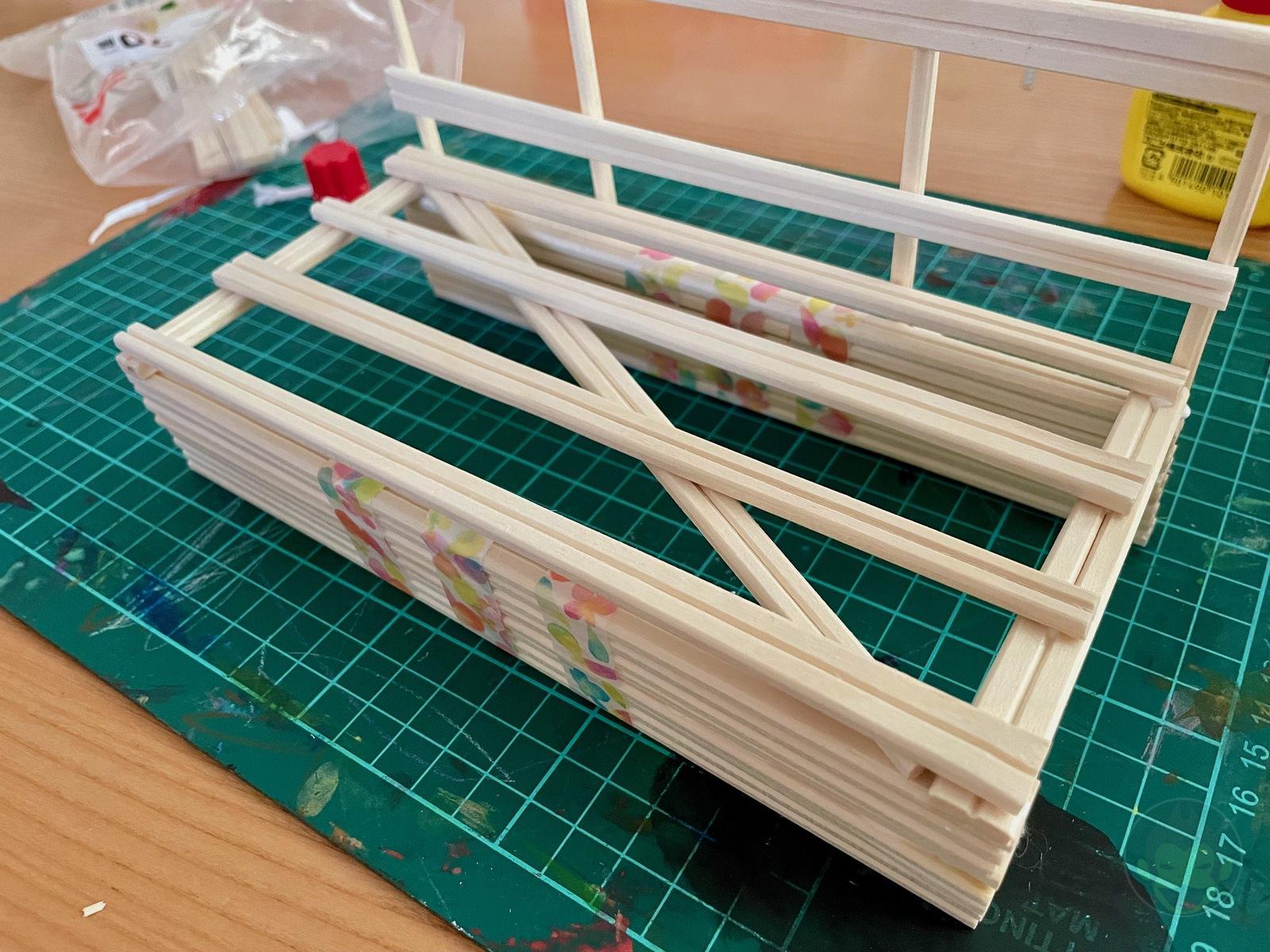 Building a Bench with chopsticks 06