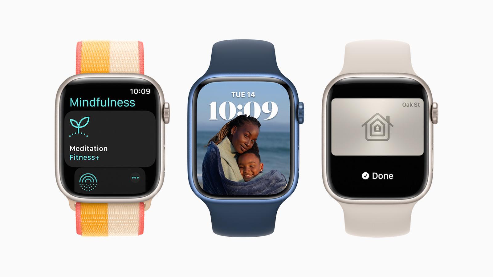 Apple watchOS8 avail hero 09202021