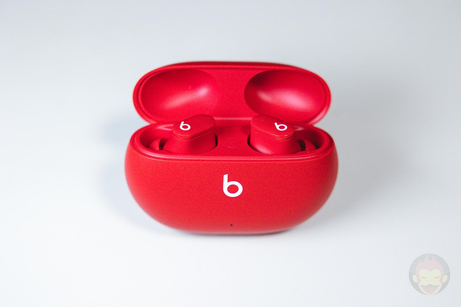 Beats Studio Buds Review 01