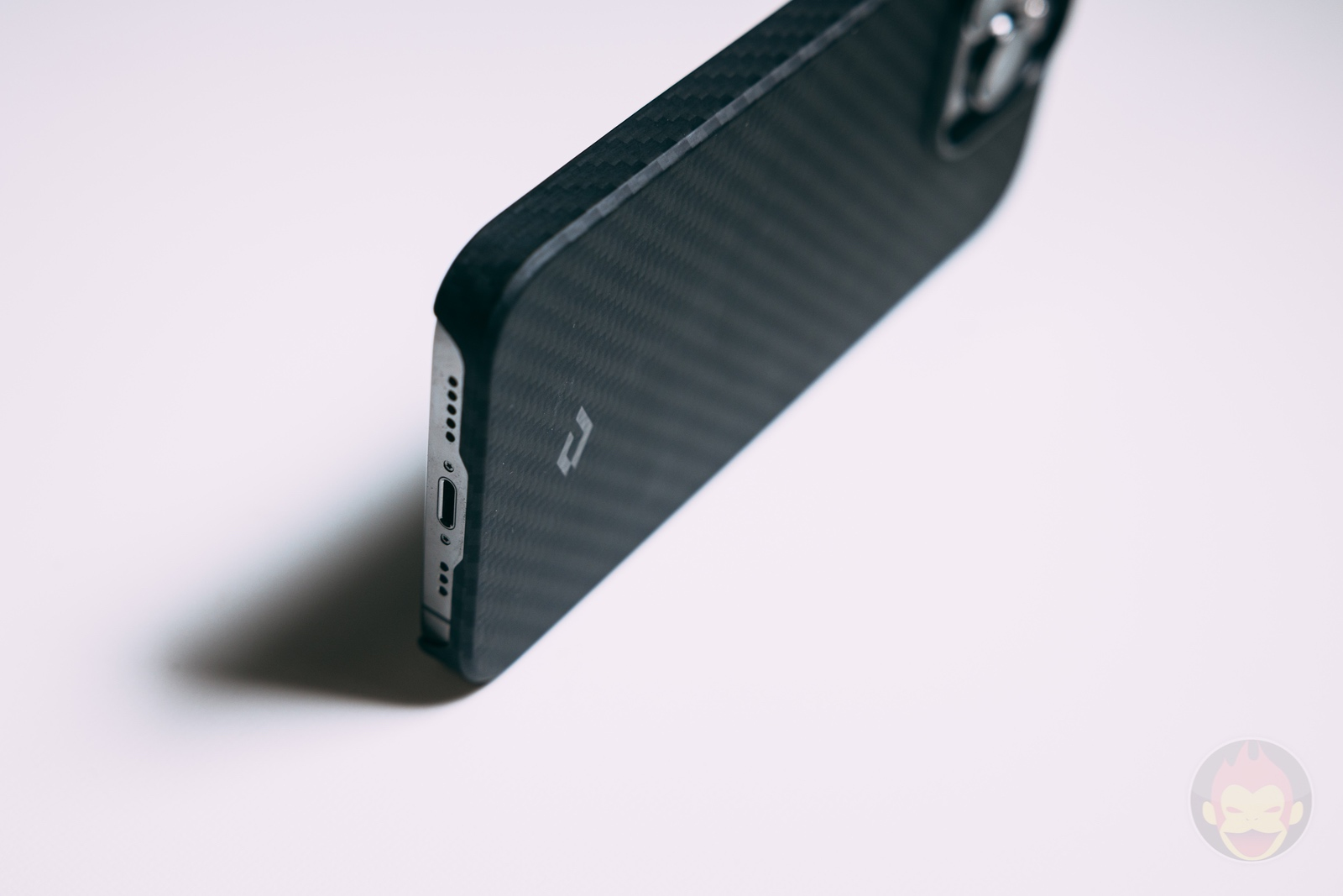PITAKA MagSafe Compatible Case Review 04